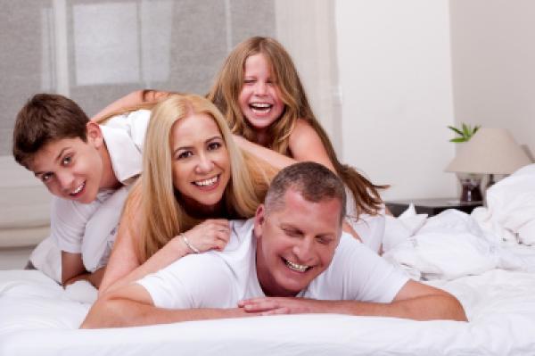 Pøíjemné dovádìní v posteli